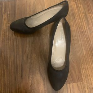 Naturalizer Office Black Leather Heels